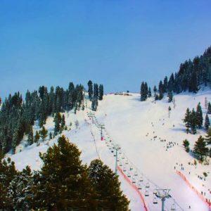 malam-jabba-skiing4