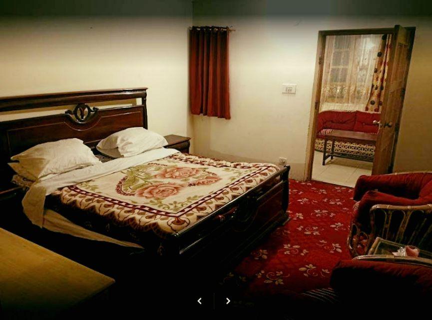 Rose Valley Hotel Naran 9